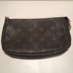 Vintage Louis Vuitton Pochette